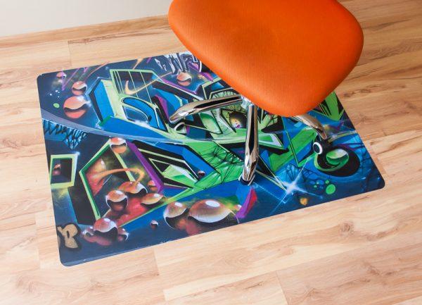 Jugendzimmer Drehstuhl Unterlage mit eigenem Motiv