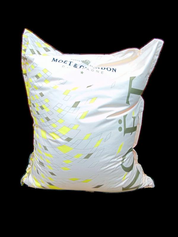 Sitzsack XL mit Logodruck Polyester B1 Indoor und Outdoor Werbung